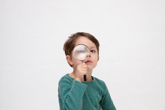 子供,虫眼鏡