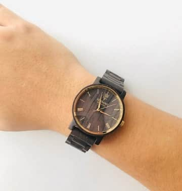 木製腕時計,EINBAND,REISE,40mm,着用